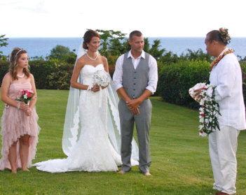 Plan The Perfect Beach Wedding In Maui With Your Own Wedding Planner!