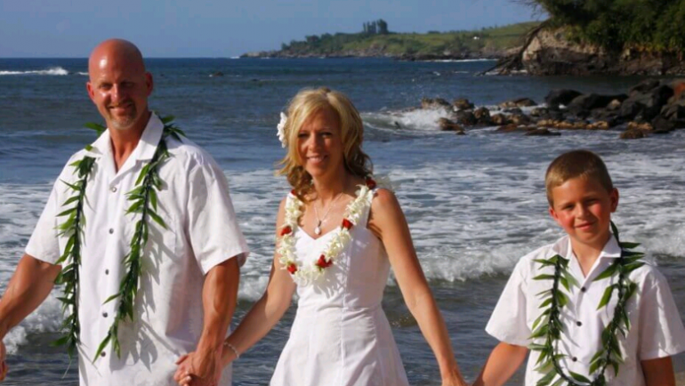A Couple's Handy Guide To Vow Renewal Etiquettes